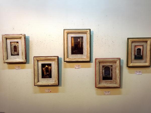 『扉の絵』の画像