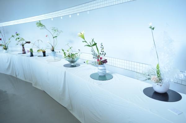 『花と器①』の画像