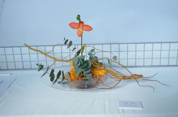 『花と器③』の画像